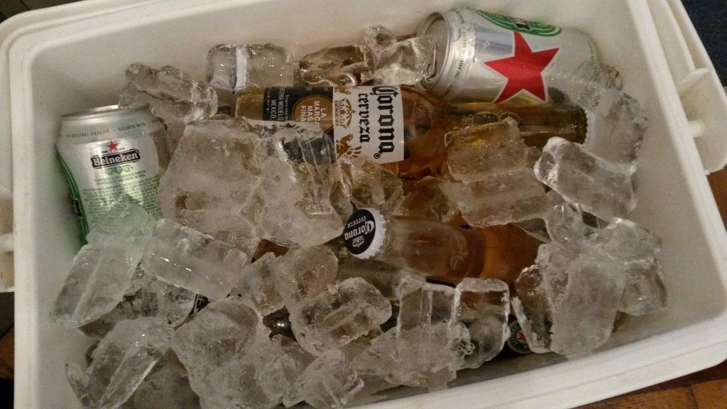 """La importante """"las cervezas bien frías"""""""